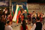 Н. Григоров води хорото на седянката